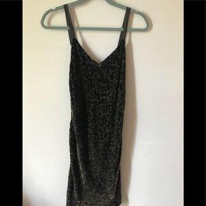 Banana Republic Ruched Velvet Dress Size 6